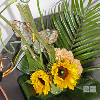 Helianthus-boeket-met-vlinder
